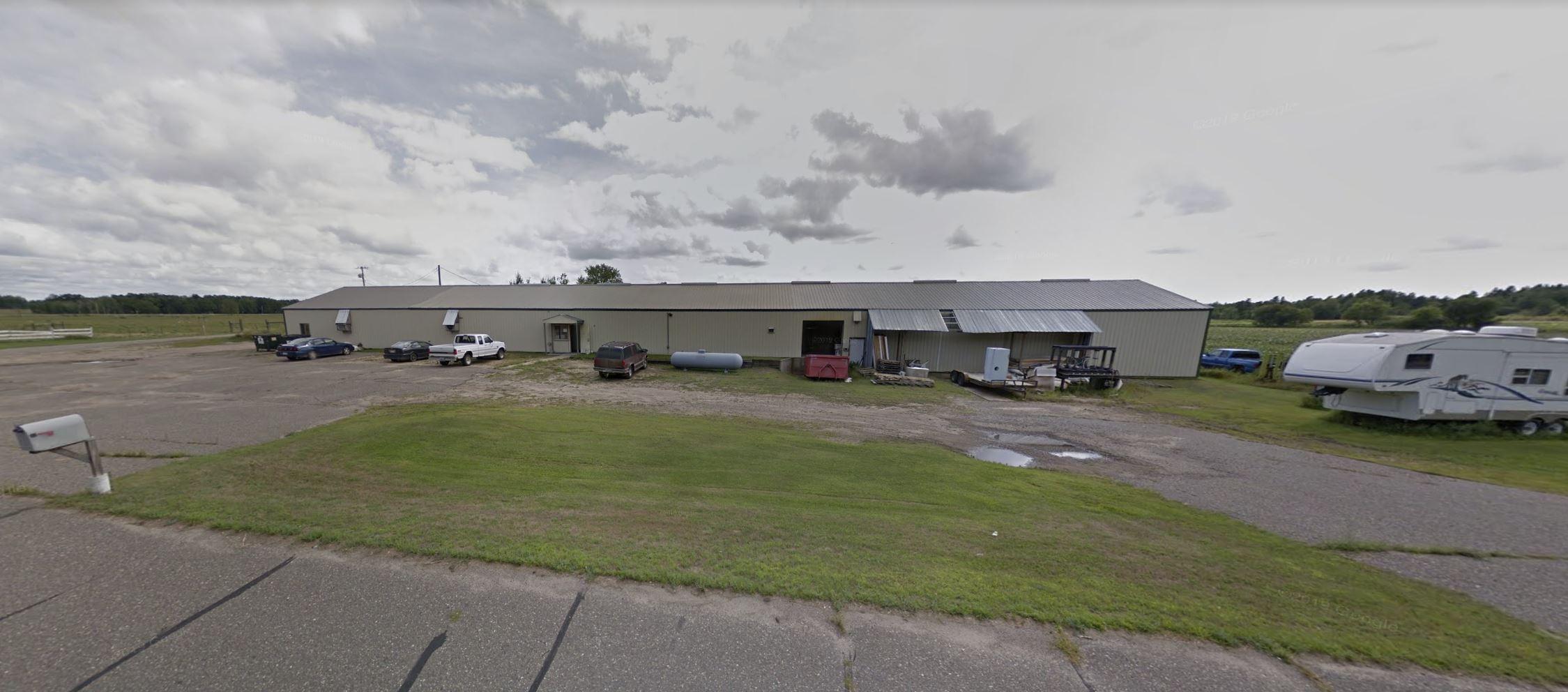 Pine River – 1713 24 Street SW Commercial Bldg