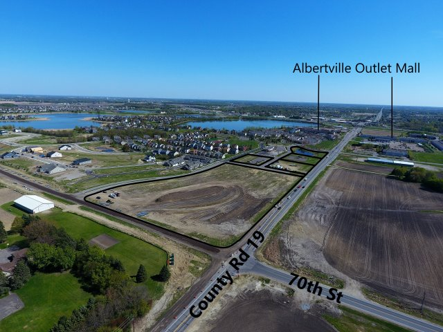 Albertville – Shoppes of Laketowne Place