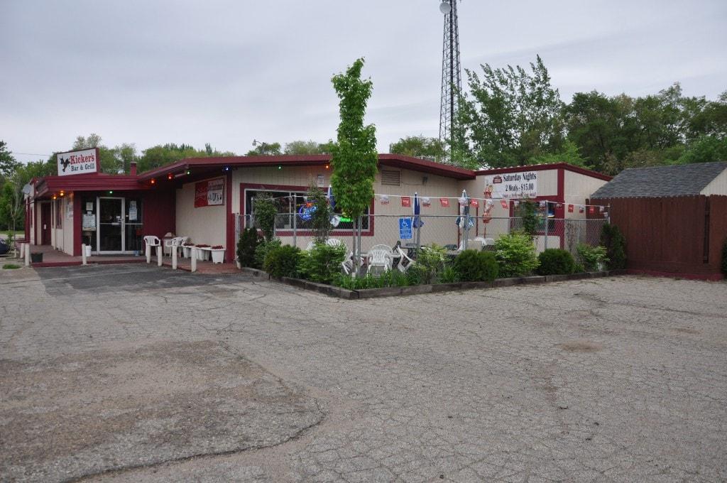 Litchfield – 61620 Highway 12