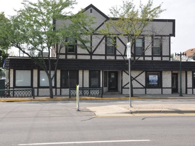 Monticello – 200 Broadway West Commercial Bldg