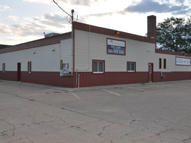 Monticello – 321 Walnut Commercial Bldg